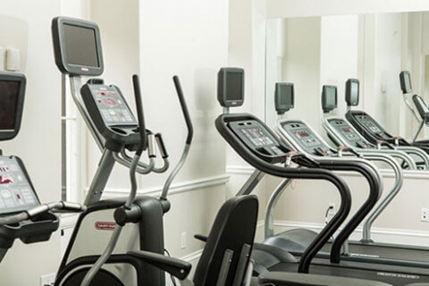 congress hall fitness room treadmills and elliptical machine